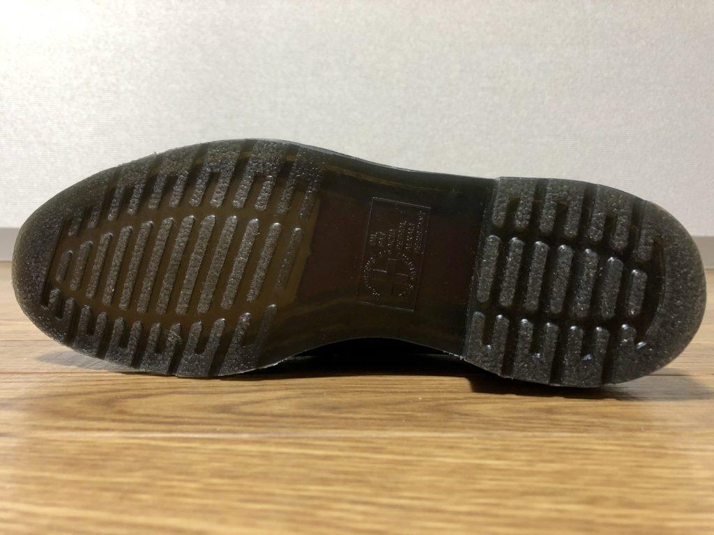 ドクターマーチンのタッセルローファーの靴底はバウンジングソール