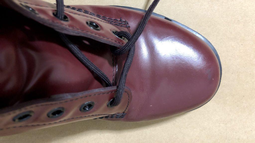 ドクターマーチンの脱ぎやすい靴の結び方脱めんどくさい