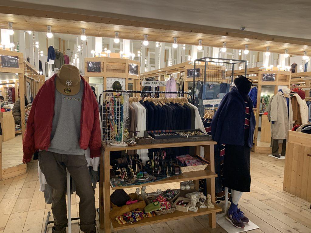 古着屋Three Star Kyoto店内2